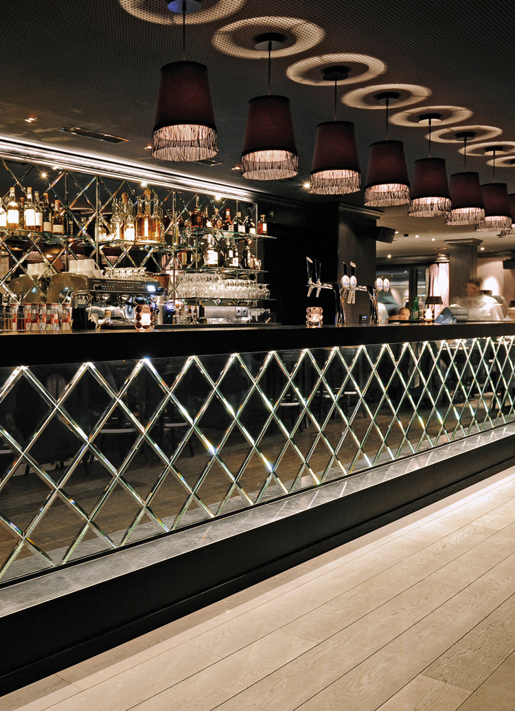 Innenarchitektur Architektur Design Catering industry, restaurant bar design: Pulsa Restaurant Lounge & Bar, Davos
