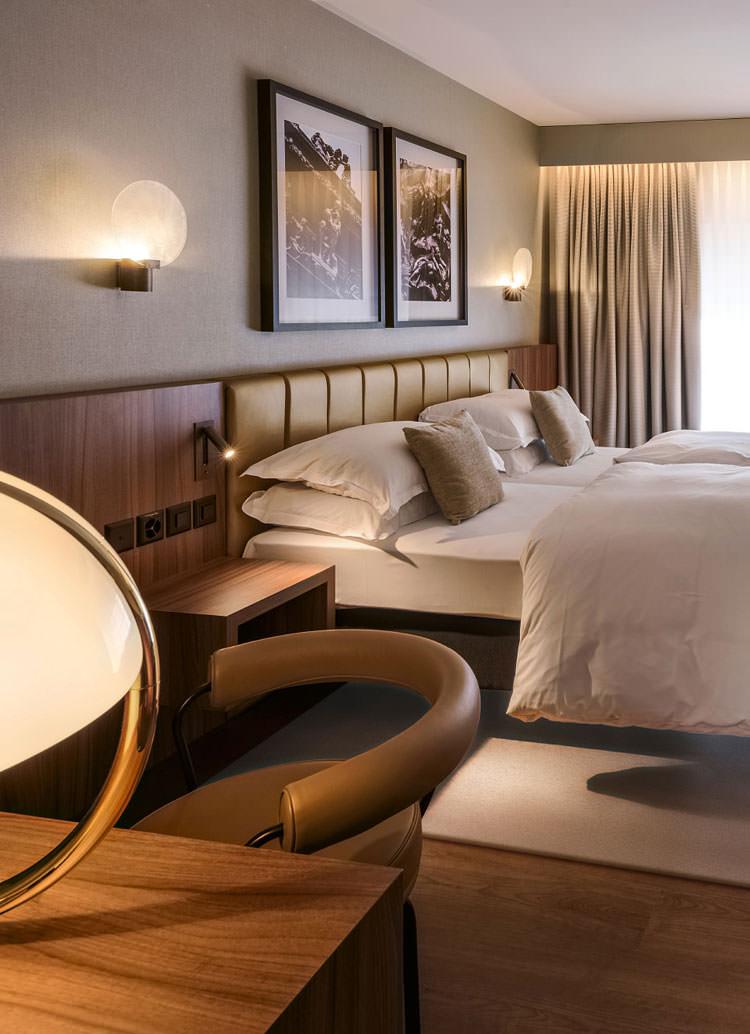 Innenarchitekt Interior Design Hotel Hotellerie Restaurant Retail: Hotel Central Plaza Zürich